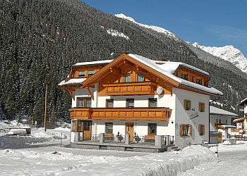 pension haus andrea st leonhard pitztal winter